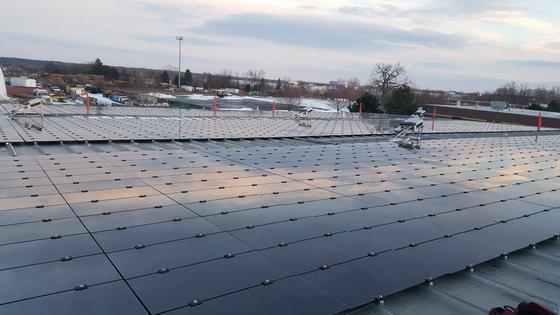工商企业屋顶光伏发电_太阳能薄膜发电